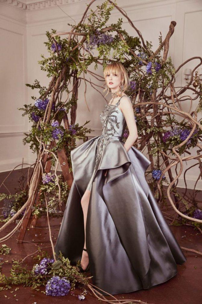 Серое свадебное платье Marchesa