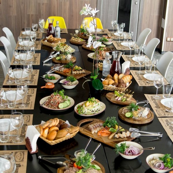 сервировка свадебного стола дома