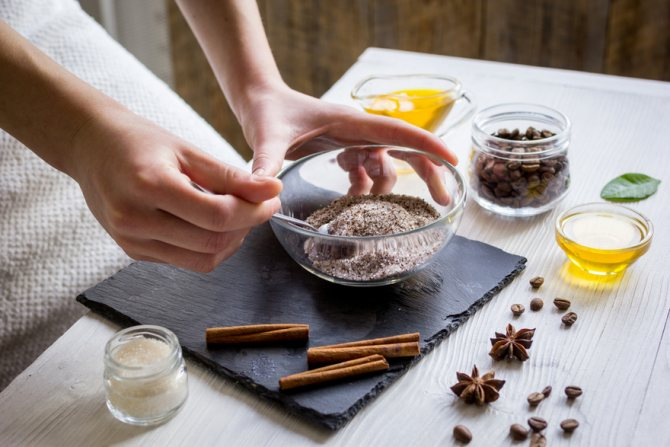 скраб для тела из молотого кофе