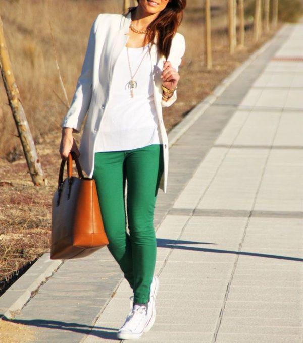 Сочетание белого и зеленого в одежде