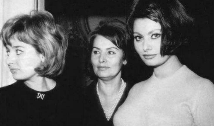 Софи Лорен с мамой и сестрой