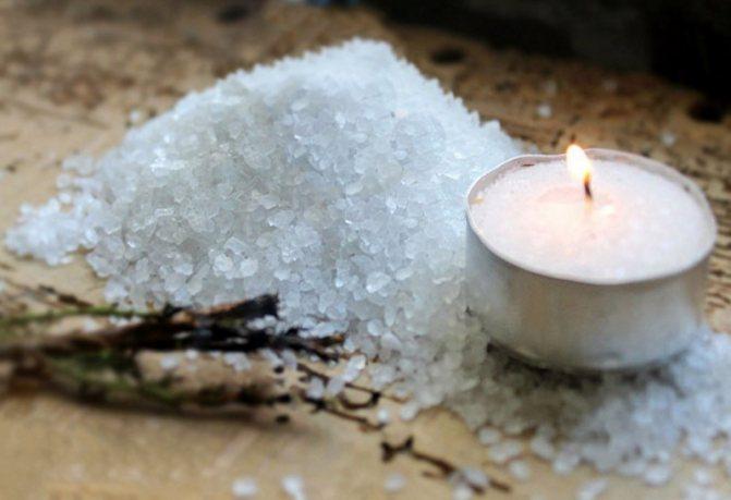 Соль и свеча
