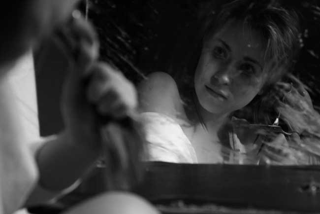 Сонник видеть себя голой в зеркале