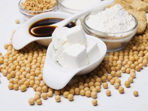 Соя: польза и вред, состав, калорийность, в каких продуктах содержится
