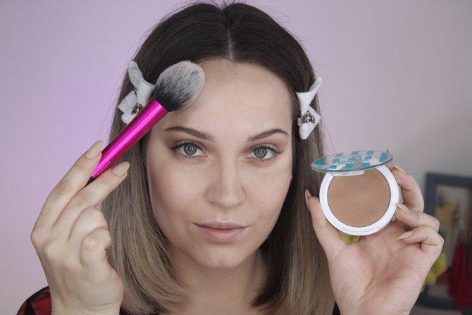 создаем нюдовый макияж. Бронзер