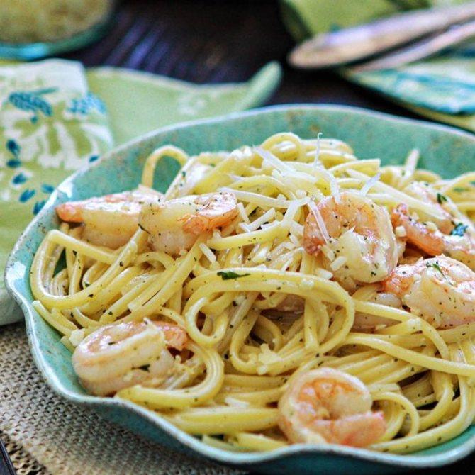 Спагетти с креветками в сливочном соусе: рецепты приготовления