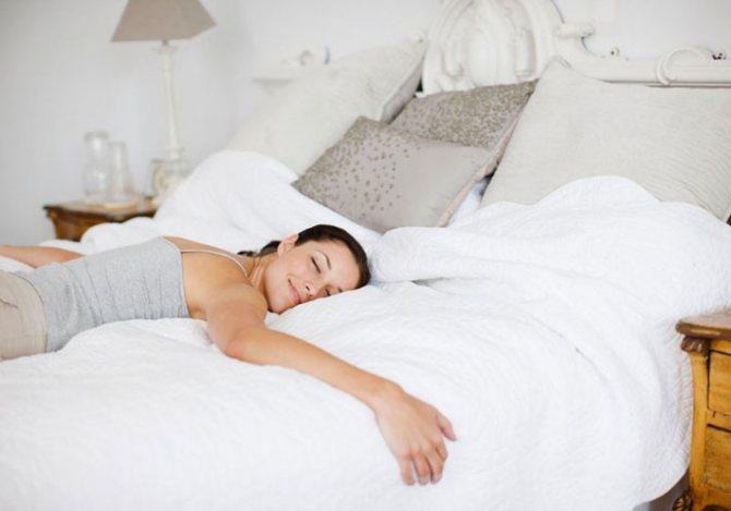 Спать лицом в подушку