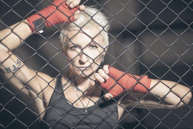 Спорт давно стал для певицы частью образа жизни. Некоторое время назад Диана занималась боксом. Но сейчас успевает ходить только на обычный фитнес