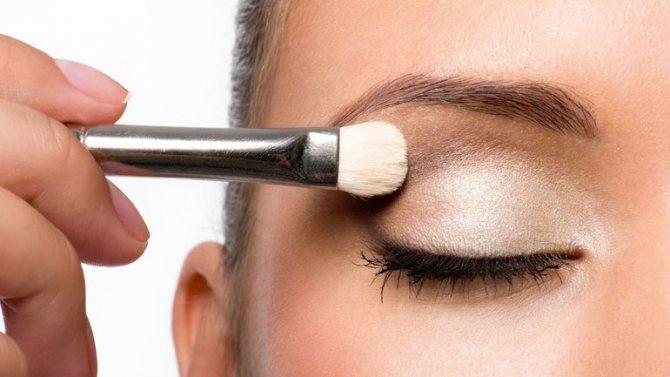 Способы нанесения косметики