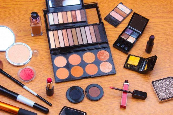 средства для макияжа скулы