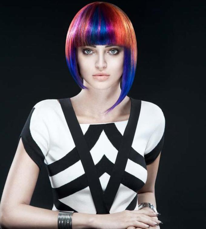 Стиль поп-арт в прическах на длинные и короткие волосы: фото