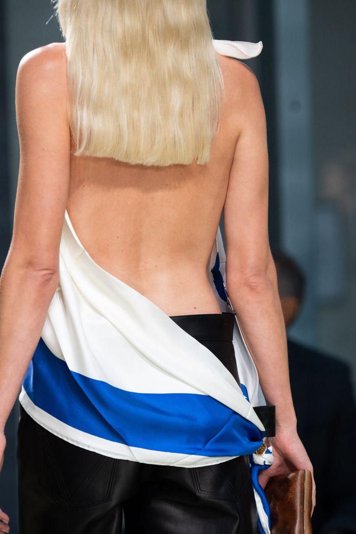 Стрижки моделей на показе Bottega Veneta 2020