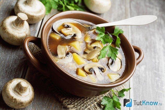 Суп из шампиньонов и картофеля
