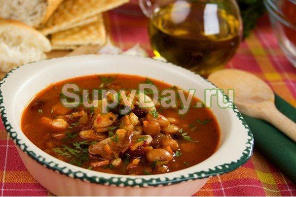 Суп с консервированной фасолью для ленивых
