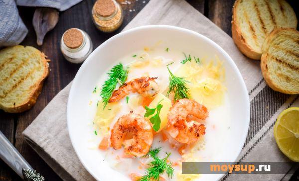 Суп с креветками, плавленым сыром и сливками