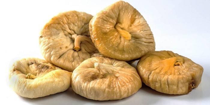 Сушеные плоды фигового дерева