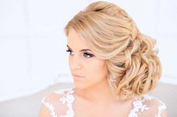 Свадебная причёска с собранными волосами