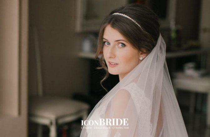 Свадебные прически с диадемой и фатой.004.jpeg