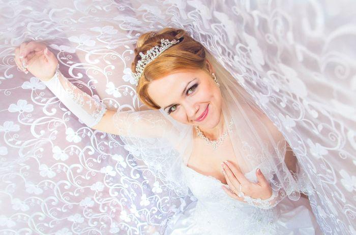 свадебные прически с диадемой и фатой 72