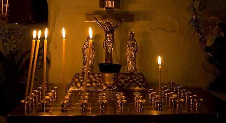 Свеча «за упокой». Как поставить правильно в церкви?