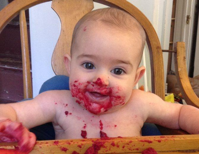 Свекольно-яблочный салат понравится вашему малышу
