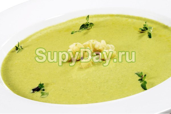 Сырный суп-пюре с курицей и цветной капустой
