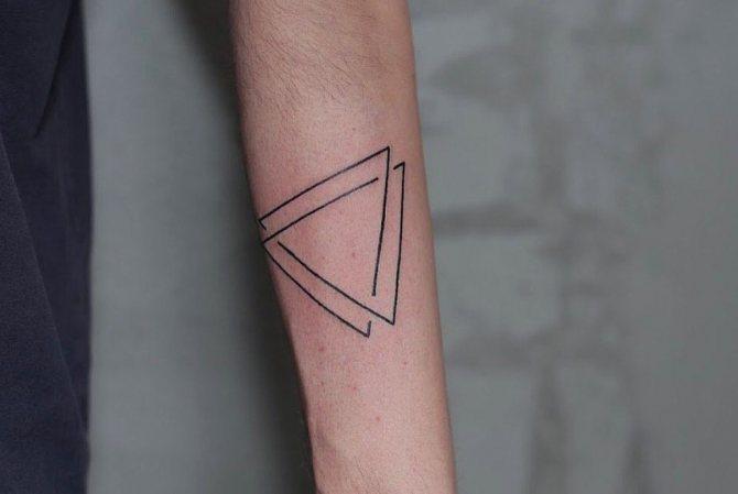 тату эскизы треугольник