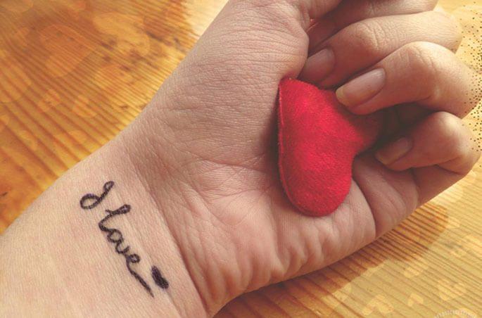 тату надписи на руке для девушек с переводом фото эскизы