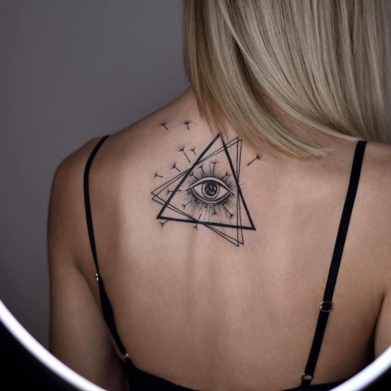тату всевидящее око в треугольнике значение