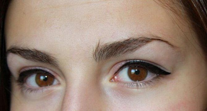 татуаж глаз стрелки для нависшего века фото