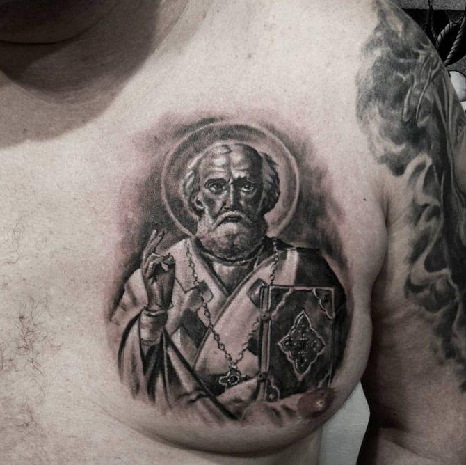 Татуировка с изображением святого не принесёт никаких благ, она — признак горделивости и дурного вкуса, но не веры