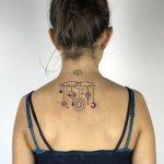 Татуировки с луной и солнцем