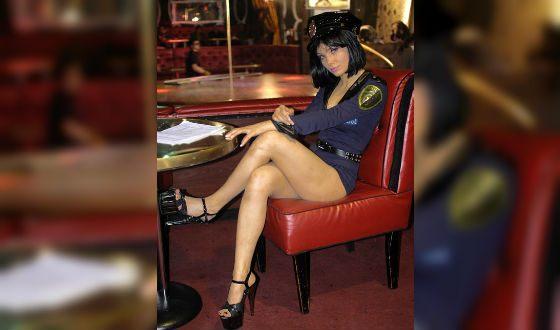 Татьяна Арнтгольц в образе сексуальной Натальи («Лапушки»)