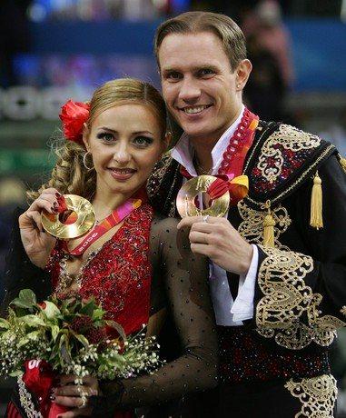 Татьяна Навка и Роман Костомаров принесли России победу на Олимпийских играх в Турине в 2006 году