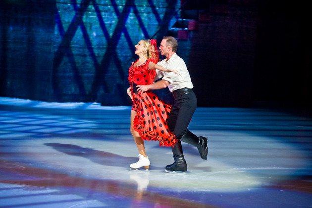 Татьяна Навка и Роман Костомаров в ледовом мюзикле «Кармен»