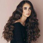 Темные волосы и цвет лица