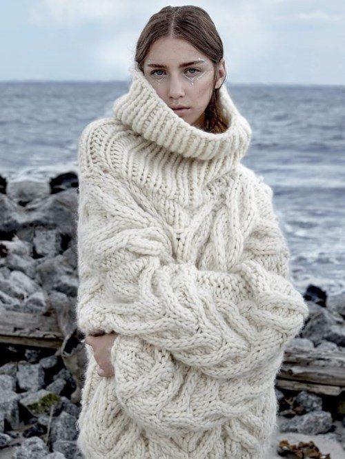 теплый свитер на зиму