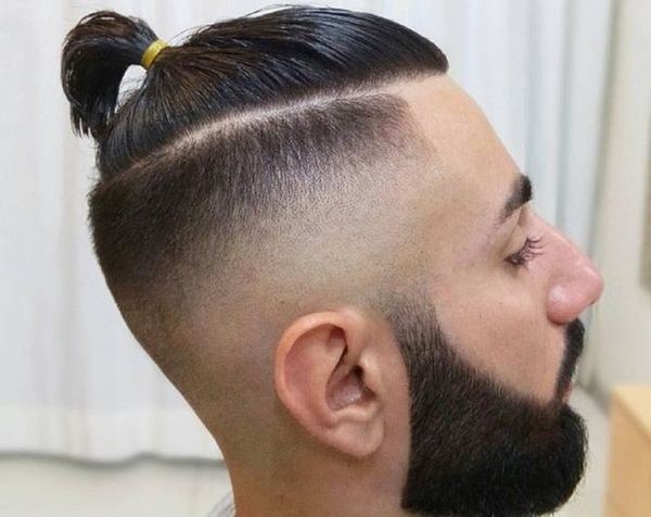 топкнот на короткие волосы