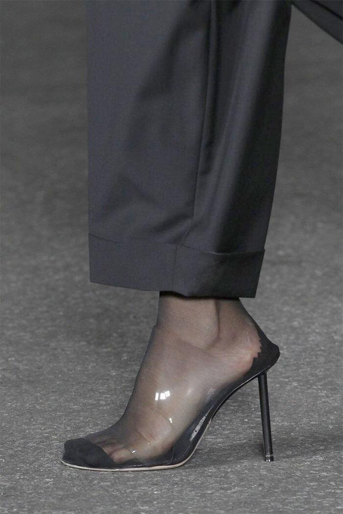 Туфли с прозрачными силиконовыми вставками
