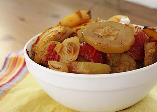 тушеные овощи баклажаны кабачки помидоры