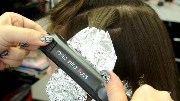 Утюжком для выпрямления волос