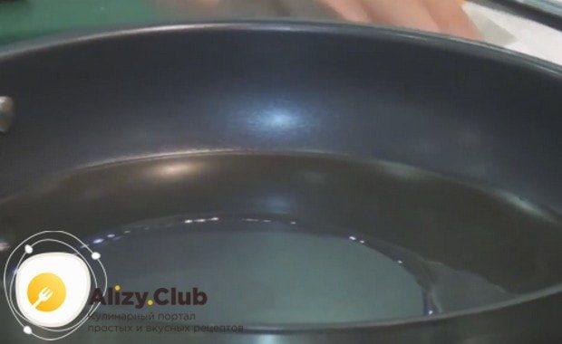 Узнайте, как приготовить рыбу макрурус на сковороде.