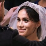 В каких платьях Меган Маркл выходила замуж за принца Гарри