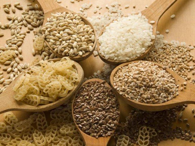 В рационе кормящей мамы должны быть каши и макаронные изделия
