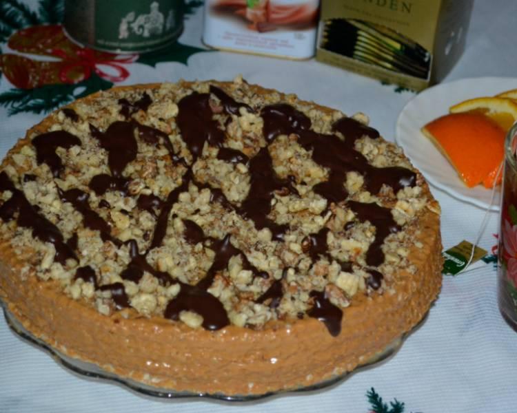 Вафельный торт с вареной сгущенкой и маслом