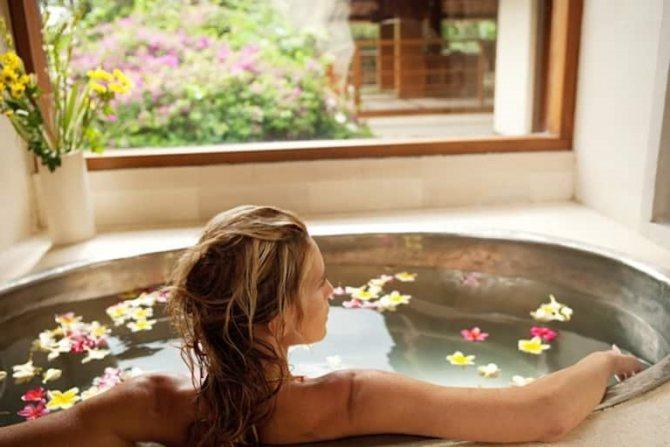 Ванночки с ромашкой в гинекологии, как делать?