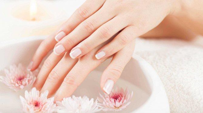 Ванночки считаются прекрасным средством для восстановления кожи