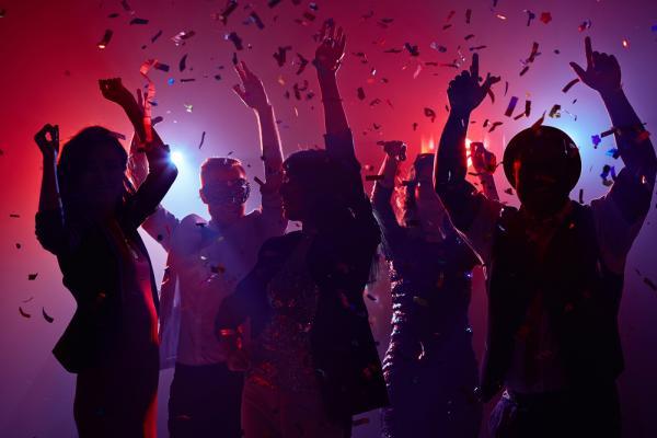вечеринка в клубе