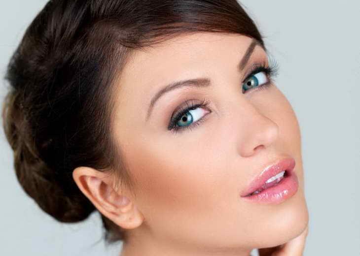 вечерний макияж для серо зеленых глаз для шатенки