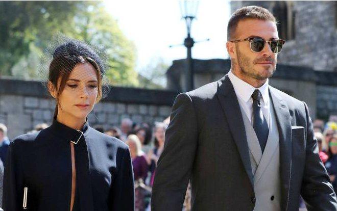 Виктория и Дэвид Бекхэм на свадьбе принца Гарри и Меган Маркл в 2020 году